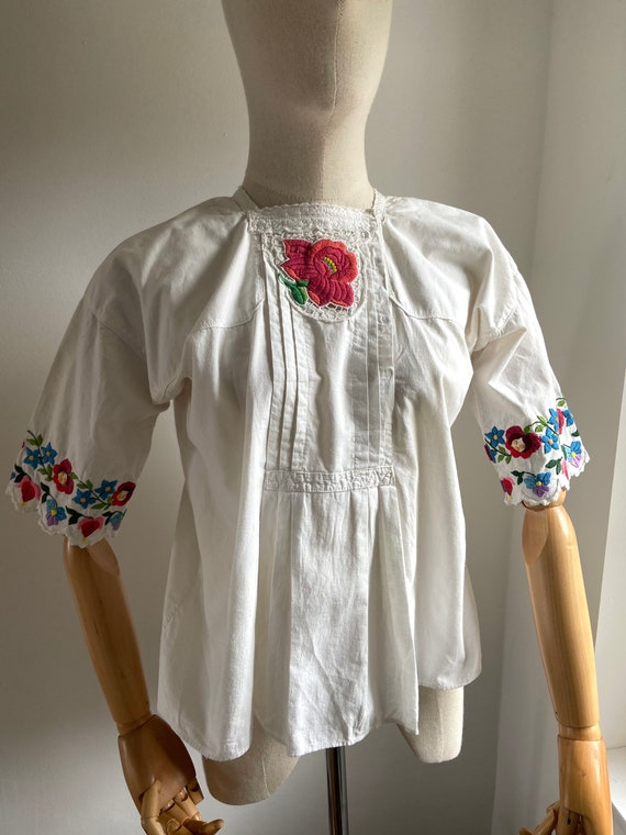 Vintage Hungarian hand embroidered folk blouse, A… - image 7