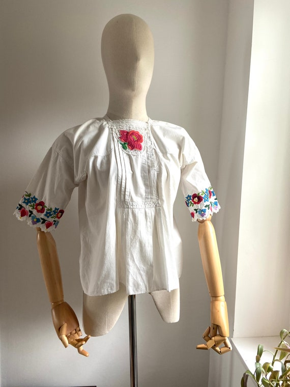 Vintage Hungarian hand embroidered folk blouse, A… - image 1