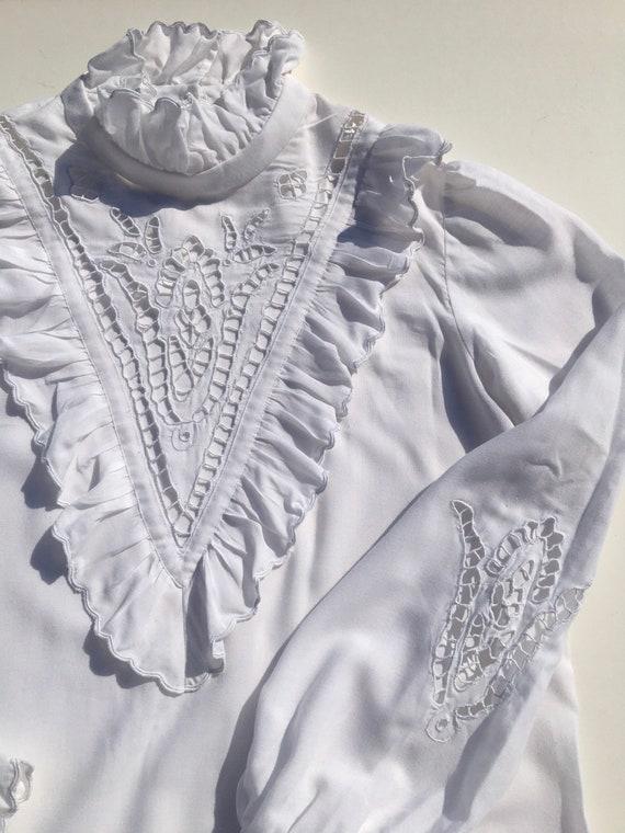 Vintage white ruffle romantic lace blouse, victor… - image 7