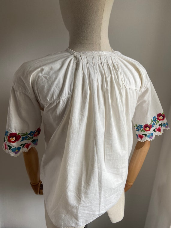 Vintage Hungarian hand embroidered folk blouse, A… - image 4