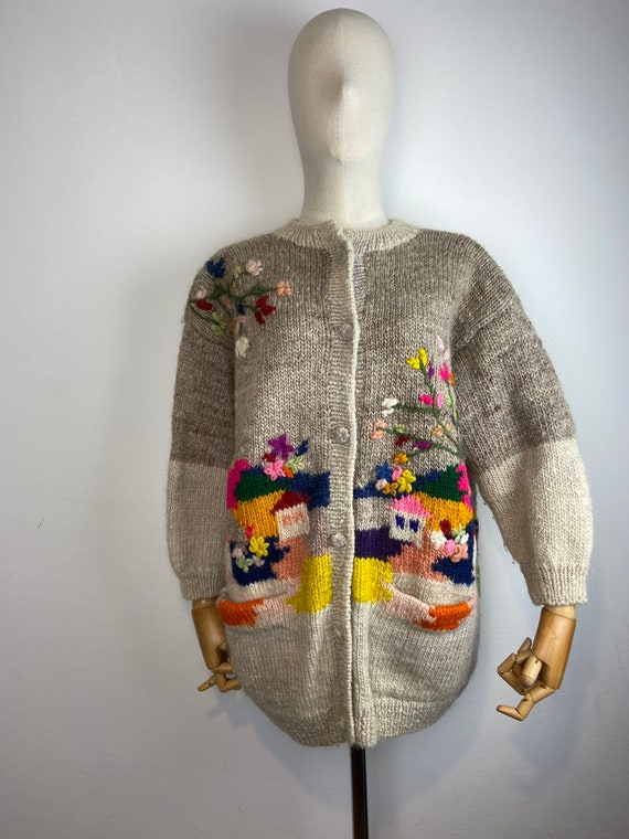 Vintage novelty wool handknit cardigan / country s