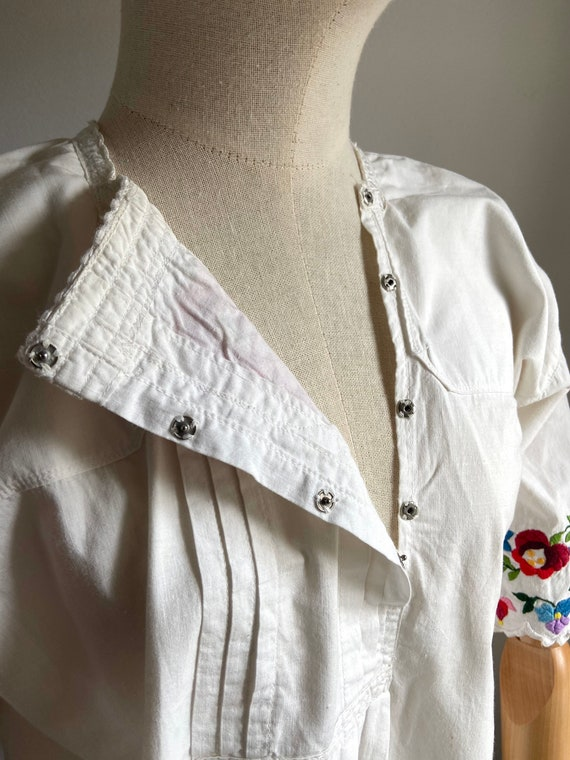 Vintage Hungarian hand embroidered folk blouse, A… - image 6
