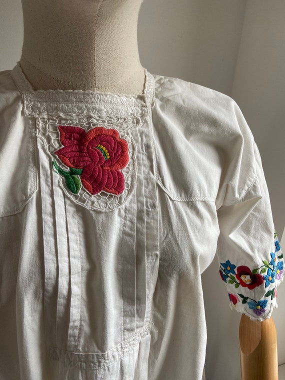 Vintage Hungarian hand embroidered folk blouse, A… - image 2