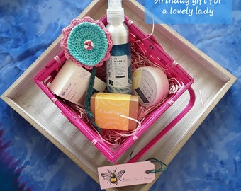 Bespoke Wellbeing hampers based on Spa Find Dead Sea mineral salt products. Used on both face and body