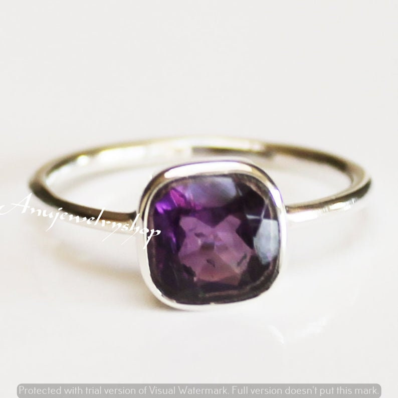 Minimal Amethyst Ring,Gemstone Ring,Personalized Gift Mothers Ring,Square Amethyst Stacking Ring,Amethyst Jewelry,Women/'s Amethyst Ring