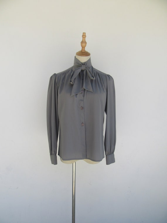 Vintage 1980s Grey Pussy Bow Secretary Long Sleeve
