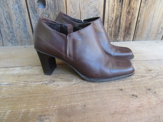 90s Brown Leather Square Toe Ankle Boots | Block H