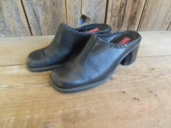 90s Gloria Vanderbilt Black Clogs | Chunky Heel Cl