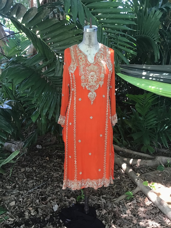 Rare find vintage Indian top/dress in silk with go