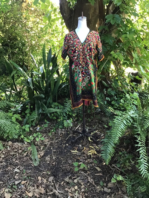 Vintage cotton Indian tunic with embroidery and mi