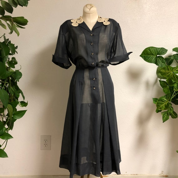 Late 1940's- early 1950's Day Dress