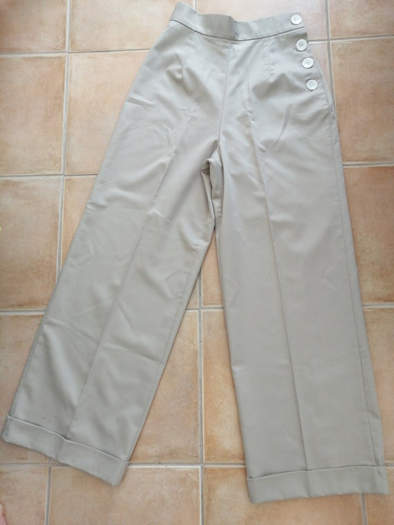 Beige 40s style pants