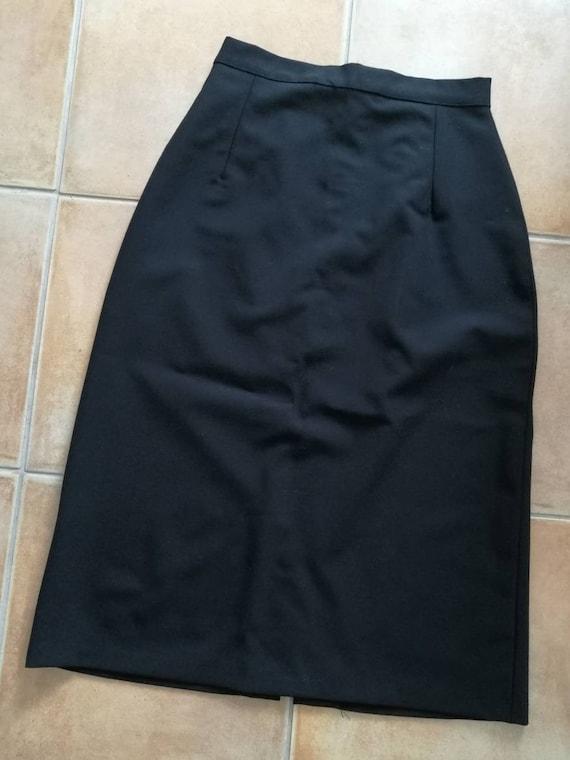 40s style black skirt