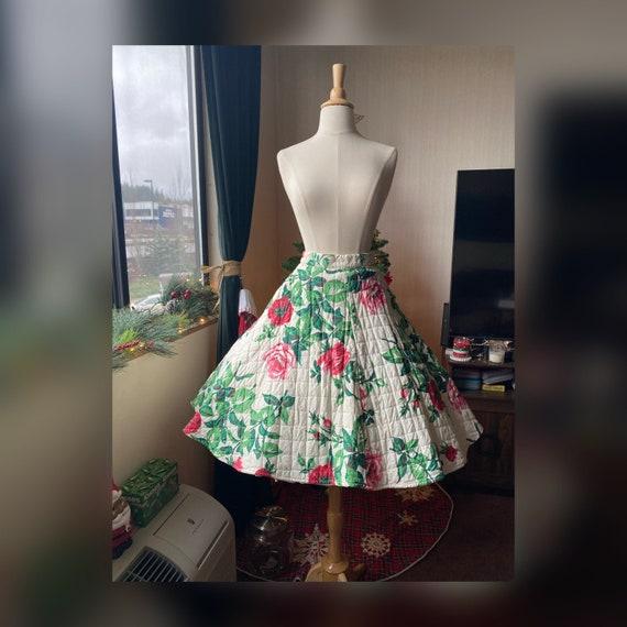 1950s Rose Print Circle Skirt, 50s Red Rose Circle