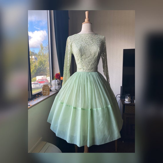 1950s Sea-Foam Green Dress Small