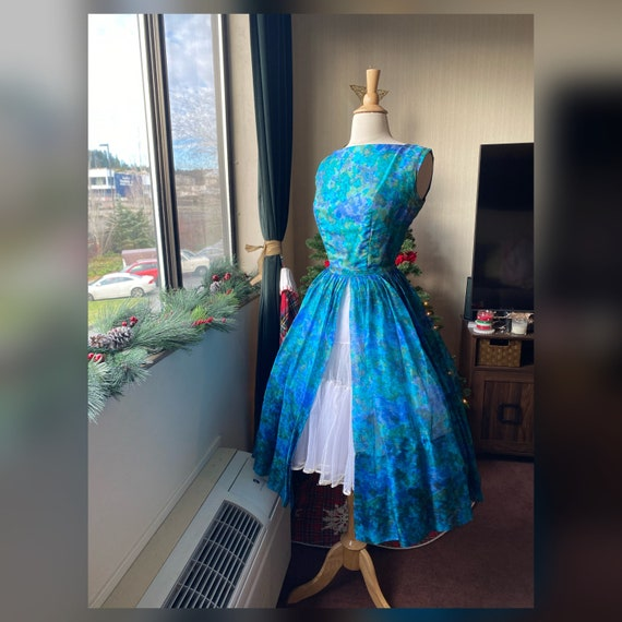 1950s Small Watercolor Dress and Skirt Set