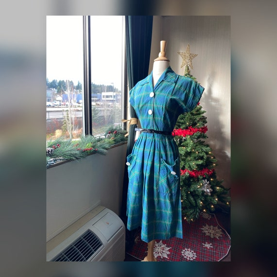 1950s Small Plaid Day Dress