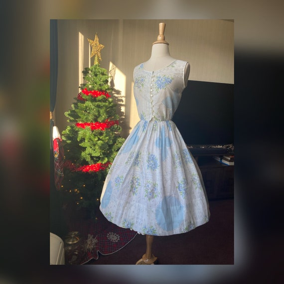1950s Small Blue Floral Dress