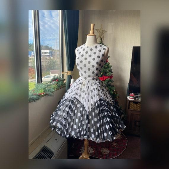 1950s/1960s XS Joseph Magnin Polka Dot Dress