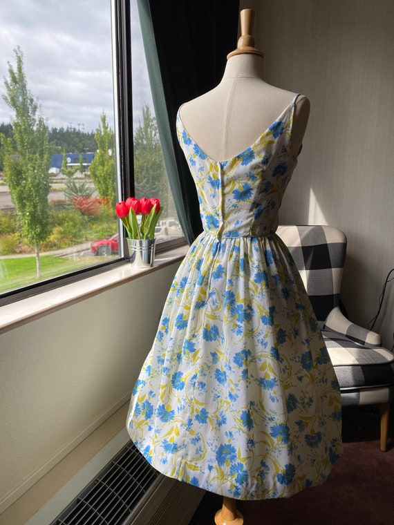 1950s Floral Blue and White Sundress Small, 50s S… - image 3