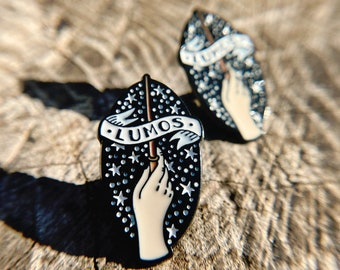 Magic Wizard Wand Enamel Pin Charm Stars Brooch Lapel Fandom Clasp HP Gift