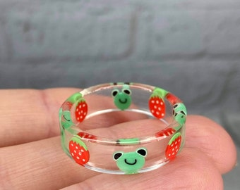 Frog Ring, Froggy Ring, Strawberry Frog Ring, Frog Strawberry, Frog Ring Resin, Resin Ring, Stackable Rings, Friendship Rings, Cute Rings