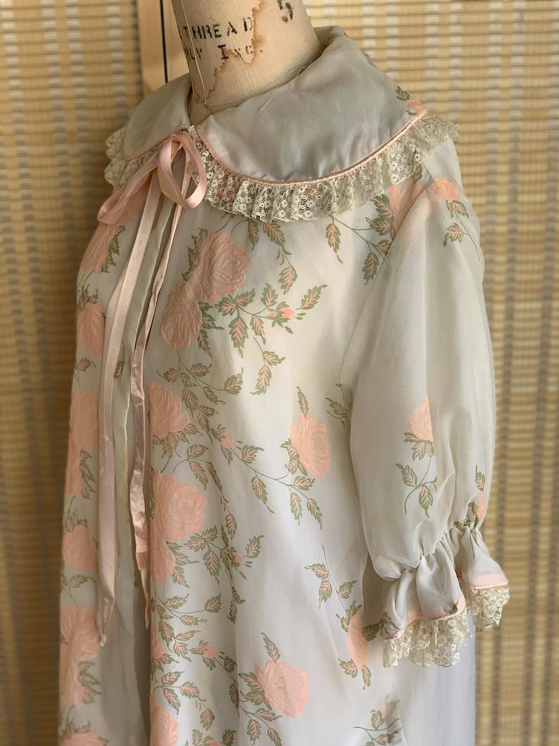 Vintage floral robe