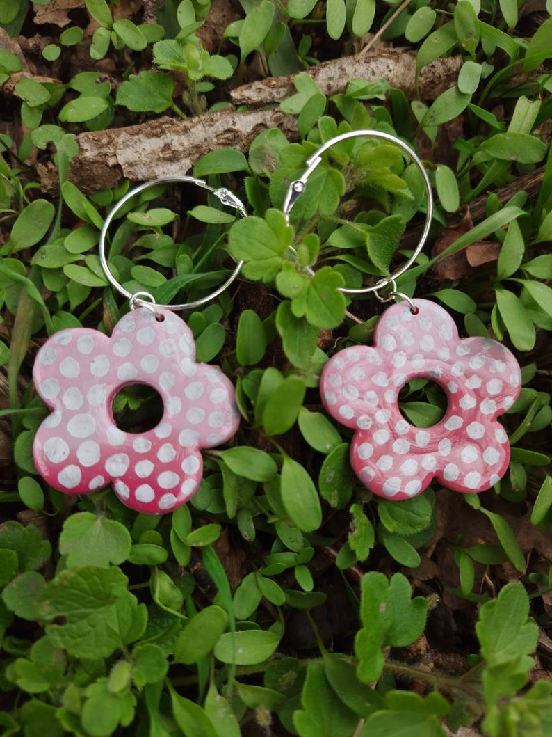 Handmade Polymer Clay Spots Polkadot Pink Ombre Resin Dotty Daisy Flower Hoop Earrings