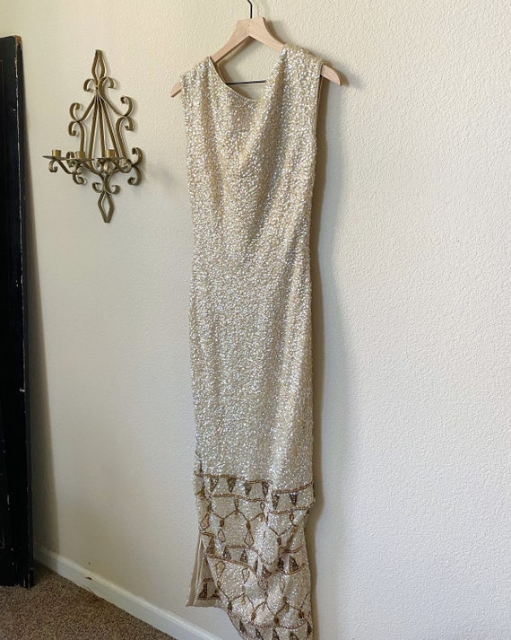 1950s Elegant Gown- Intricate detailed Beaded Gown - image 6