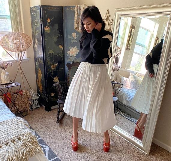 Pleated White Cotton Pleated Skirt- Midi - image 6
