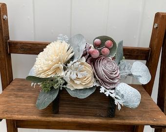 Winter Floral Arrangement Farmhouse, Red Roses Flower Arrangement, Christmas Wood Flower Arrangement, Christmas Flower Bouquet