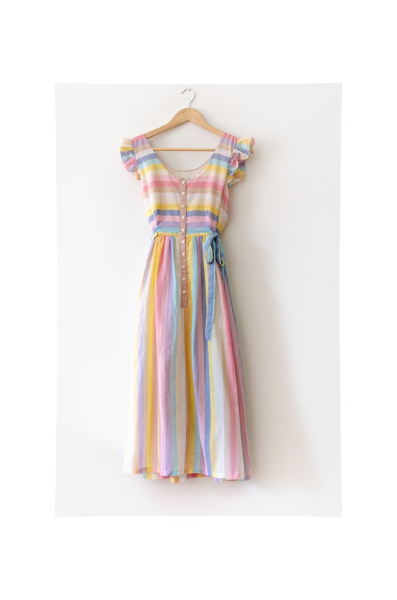 Vera Mont 70s pastel coloured dress with stripes