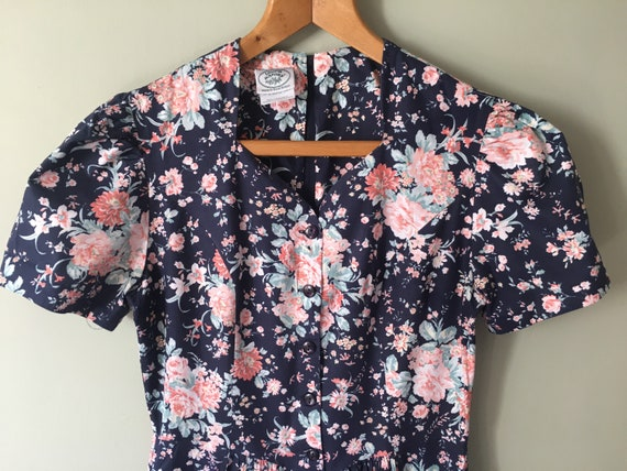 Vintage Laura Ashley cotton fit and flare Floral m