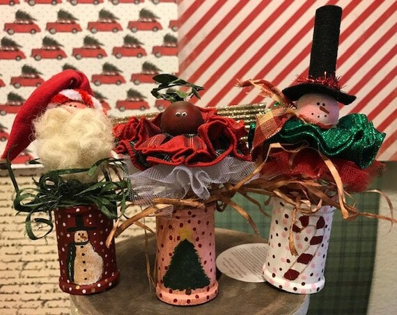 CHRISTMAS SPOOLS PATTERN