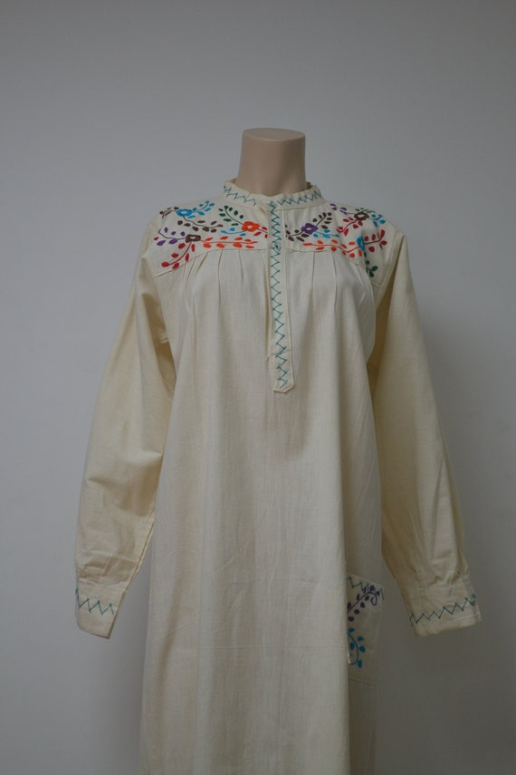 Vintage Hand Embroidered Cotton Mexican Folk Dress