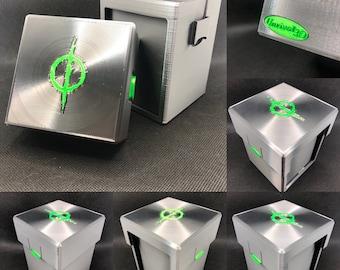 Biohazardous outbreak (Exposed Commander) Deck box