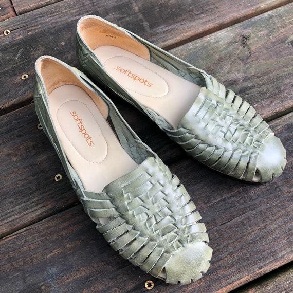Huarache Green Sandals Size 8