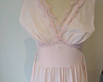 Vintage 1970/'s Deep Berry Floral Nightgown  Tie Front  Size Small