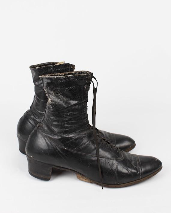 Victorian Men's Laceup Boots