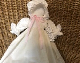 Pillowcase Doll Bunnita Bunny Kit NIP 1992 Vintage Excellent Condition 17 Tall Cleverly Carries her Baby Bunnies in her Apron Pocket Easter