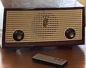 Vintage Zenith Radio with Bluetooth modification