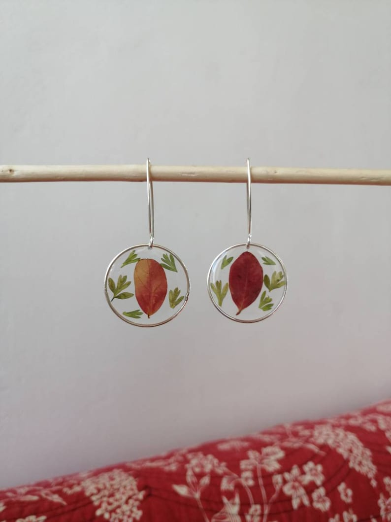 Resin earrings and dried flowers Leaves and ferns