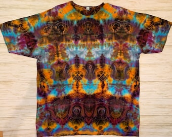 Champion Shorts Psychedelic Glow Symmetry Alien Mindscape Medium Handmade Ice Tie Dye Hippie Festival Trippy Shakedown Lot T Shirt