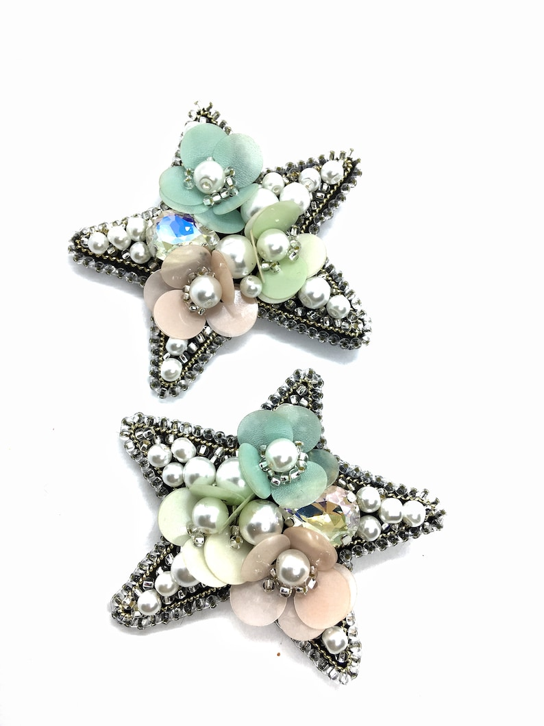 Holiday gifts for Peals sequins set jewelry brooches Beaded jewelry star with flowers Handmade women brooches pins Stars brooch pin