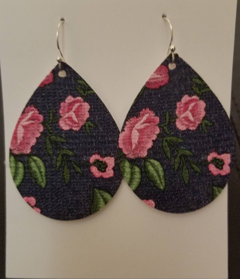 Pink floral faux leather earrings