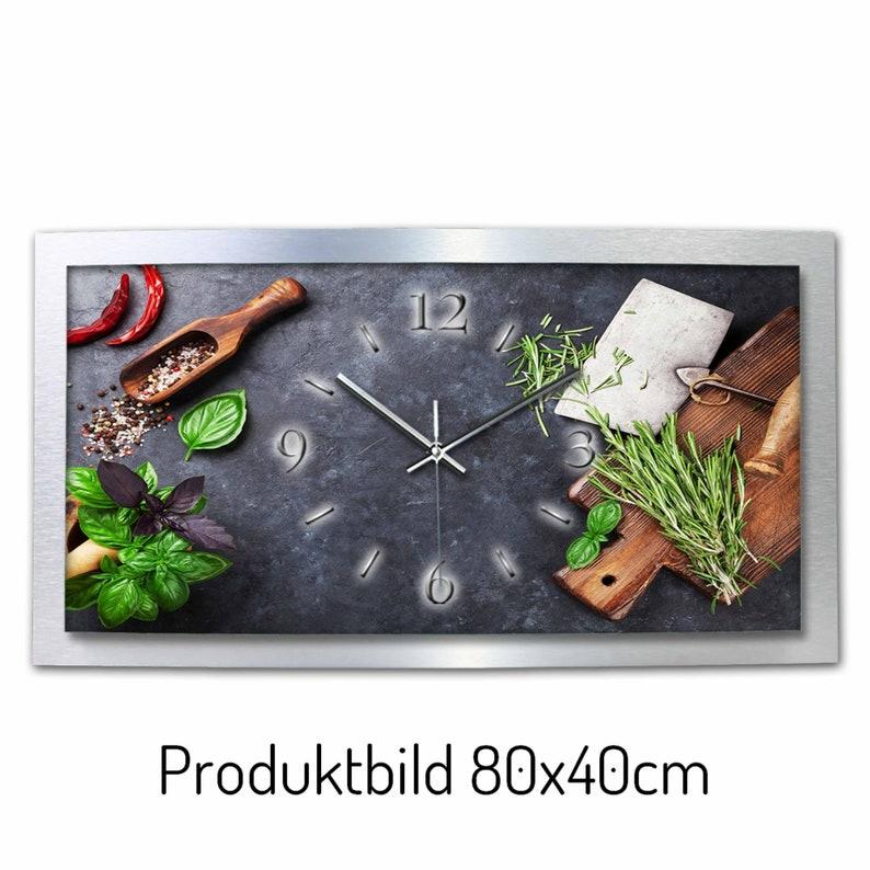 Herbes Horloge murale moderne de concepteur 3D de métal dans l'aluminium brossé (fr) élection. comme une montre de radio ou de quartz tranquille . Plume créative
