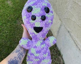 Kawaii crochet alien