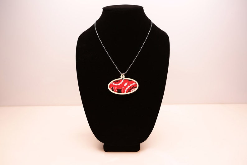 Red Bandana NecklacePendantWooden Embroidery Hoop NecklaceBo-Ho NecklaceCute NecklaceOOTDBandana JewelryStatement Necklace