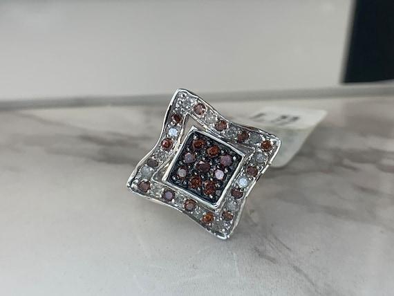 Estate 10kt White Gold Red and White Diamond Ring