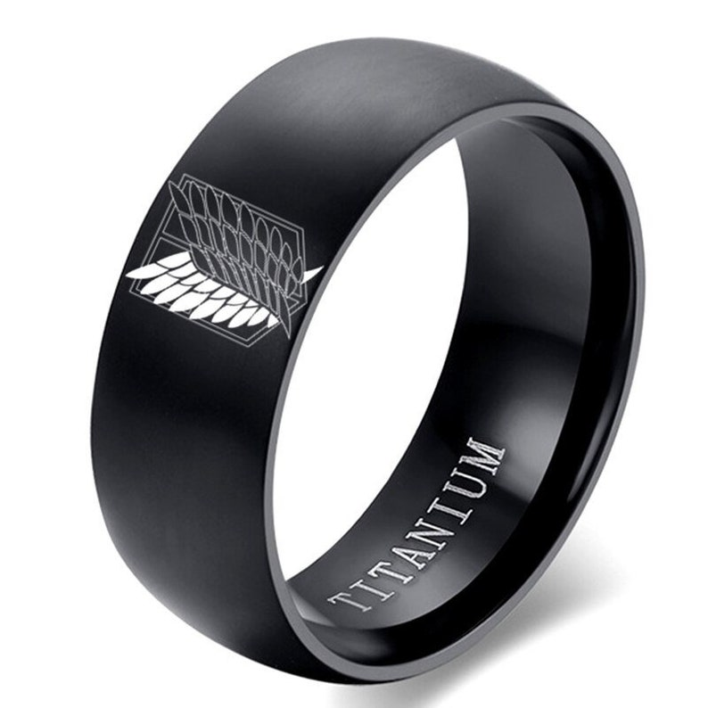 jewelry attack on the Titans 8 mm Stainless steel ring for men and women with wings of the flag of freedom black silver for anime fans